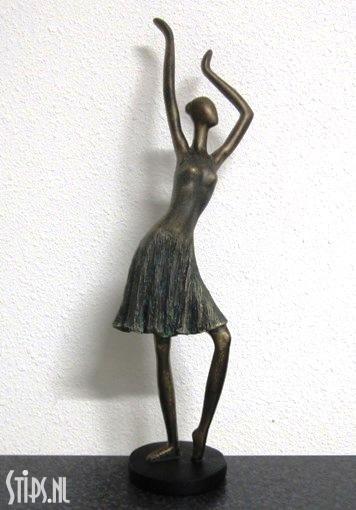 dancing-lady-2