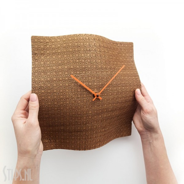 pillow time wandklok hout etno design